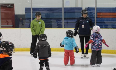 kids skating on ice at the Quinte Sports and Wellness Centre